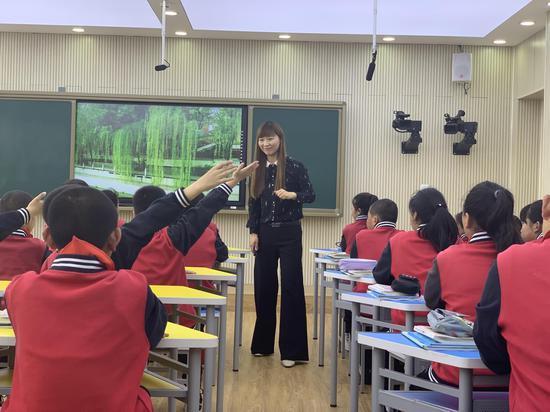 走进密云区太师屯镇中心小学:小学校辐射大能量